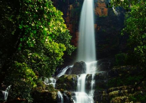 popular waterfalls  hyderabad   picturesque vacay