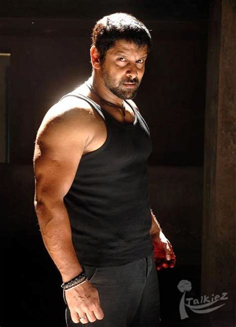actor vikram scene photos film bollywood