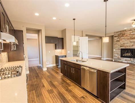 Quartz Countertops Sacramento by Homesite 26 B B Homes Large Open Kitchen With