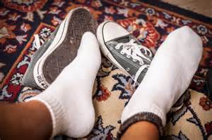 taking shoes in house etiquette how to ask someone to take off their shoes at your home 4