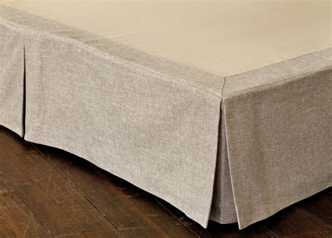 What Is A Bed Valance bedroom accessories wallpaper rugs cushions pelmets