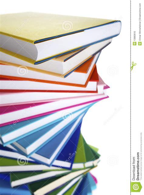 macro de la pila espiral de libros foto de archivo imagen 13880610