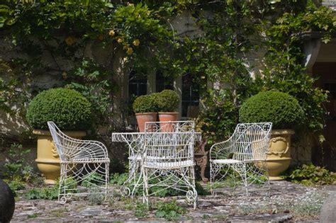Garten Und Landschaftsbau Döbeln by Die Gartenm 246 Bel Trends Aequivalere