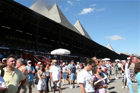 Saratoga Springs Race Track Giveaways - saratoga race course guide thoroughbred horse racing in saratoga springs new york