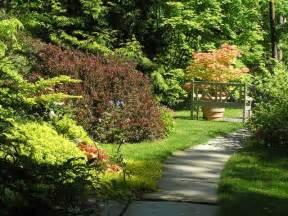 am 233 nager un jardin en longueur conseils astuces id 233 es