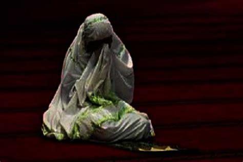 Kaos Islami Qiyamu Lail qiyamul lail wanita shaleh 2 hidayatullah