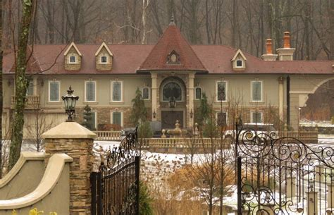 teresa and joe giudice s mansion faces foreclosure amid