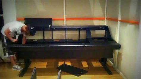 Diy Argosy Desk by How To Build An Argosy Desk In 30 Sec