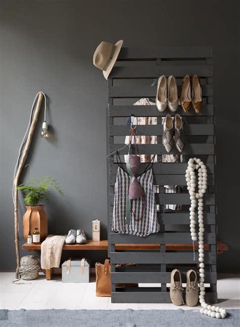 garderobe bauen garderobe aus paletten selber bauen anleitung und ideen