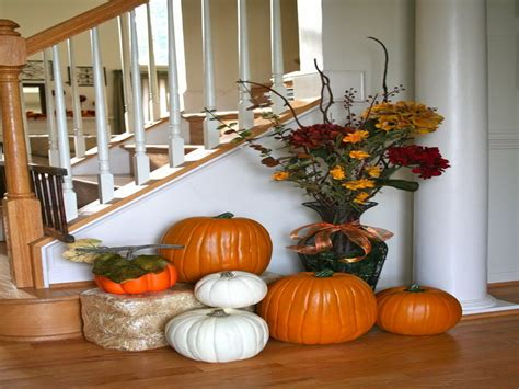 Fall Decorations For The Home Selecting The Centerpieces For Fall Home Decor Ideas Custom Home Design