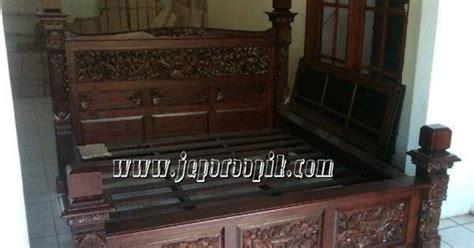 Dipan Kayu No 3 dipan antik jati jepara ukir mebel jepara