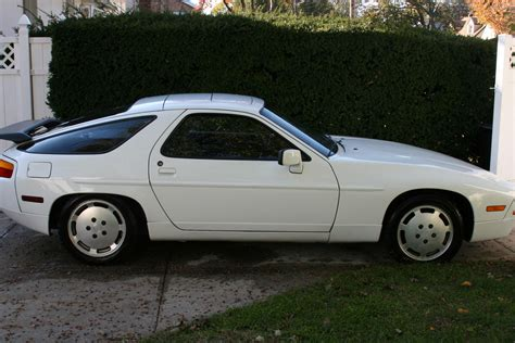 porsche 928 white 1988 white porsche 928 for sale great deal rennlist