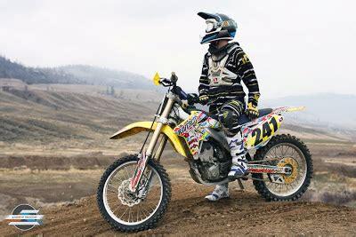 Perlengkapan Motor Cross Kacamata Motor Cross Goggle Yosekimoto 1 perlengkapan rider motocross laskar suzuki