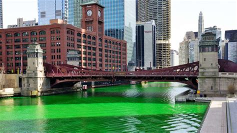 in color chicago how do they dye the chicago river green for st s