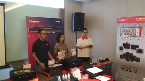 Kamera Canon Di Makassar canon eos m100 targetkan 100 ribu unit penjualan fajar