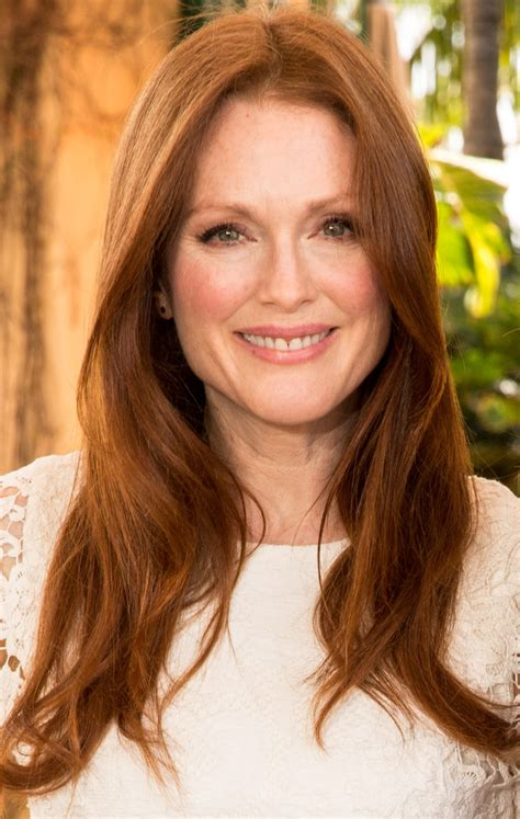 julianne moore natural hair color julianne moore s light auburn red hair color the most