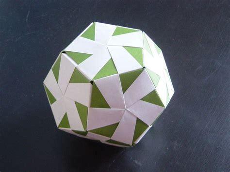 Origami Foot - un quot ballon quot en origami mhlix origami