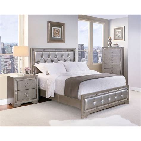 6 Mirrored And Upholstered Tufted King Size Bedroom Set Silver by 17 Best Ideas About King Size Bedroom Sets On
