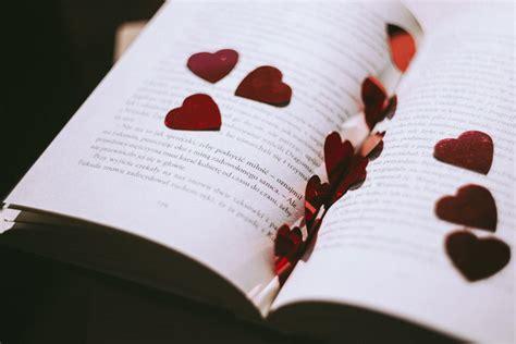 Wedding Bible Readings Non Religious by 8 Non Religious Wedding Readings For Couples With Taste