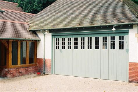 awesome garage doors 25 awesome garage door design ideas page 3 of 5