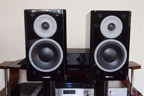dynaudio focus160 bookshelf speaker piano black mint