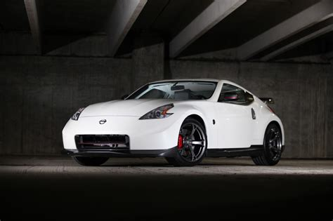 nissan nismo 2014 2014 nissan 370z nismo drifts forth with styling updates