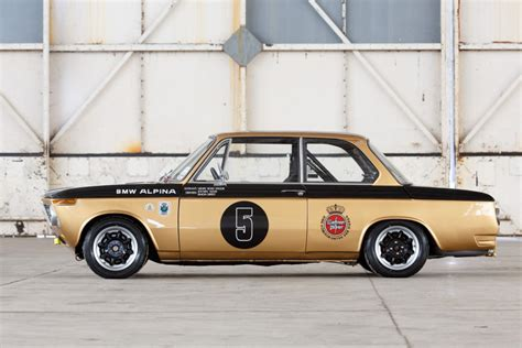 Bmw 2002 Race Car by Go Racing With This Stunning 1972 Bmw 2002 Race Car