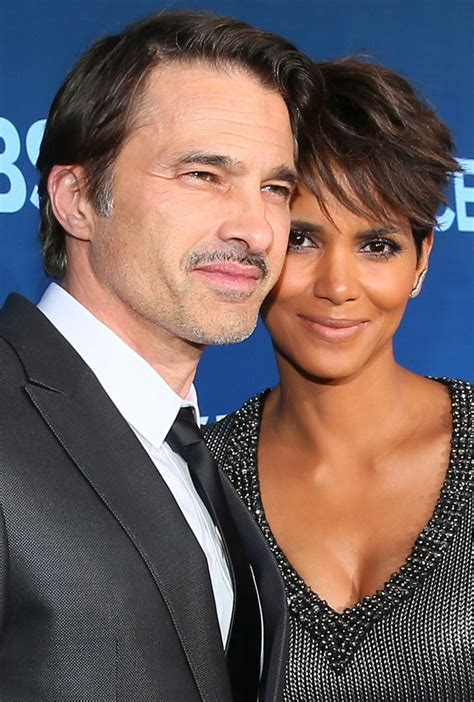 Halle Berry and Olivier Martinez announce divorce