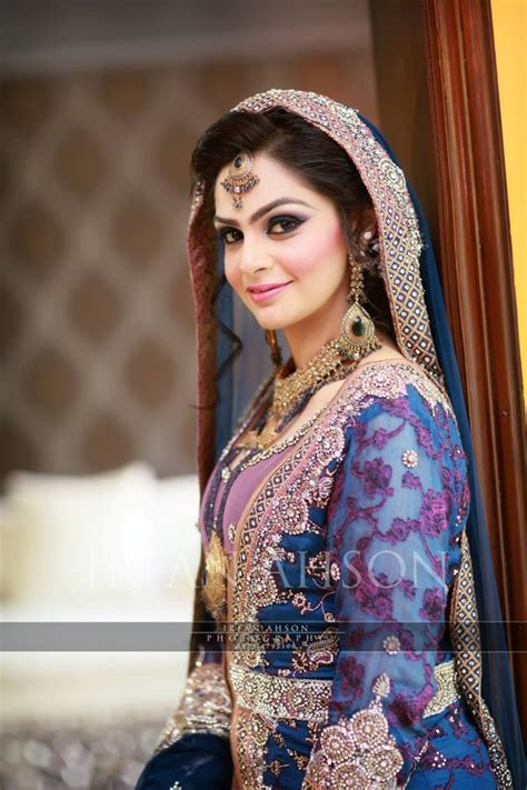Beautiful Pakistani Engagement Dresses 2016 2017   HijabiWorld