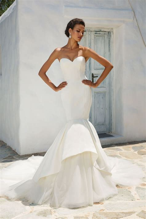 awesome wedding dress styles    unique