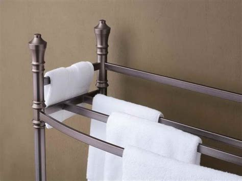 Free standing towel racks for bathroom with dark color stroovi
