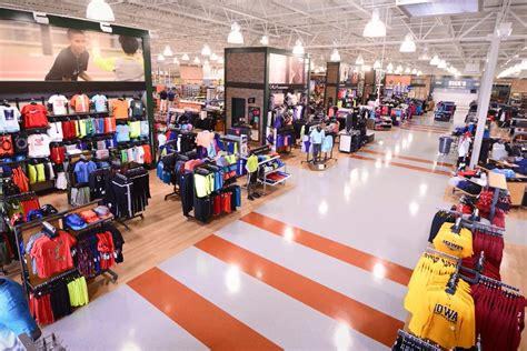 www dickssportinggood new store openings sporting goods