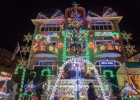 dyker heights christmas lights tour new york like a