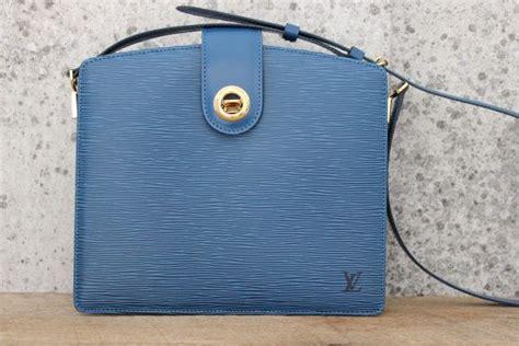 Tas Louis Vuitton Cappucine Bag Medium louis vuitton toledo blue epi leather capucines shoulder bag