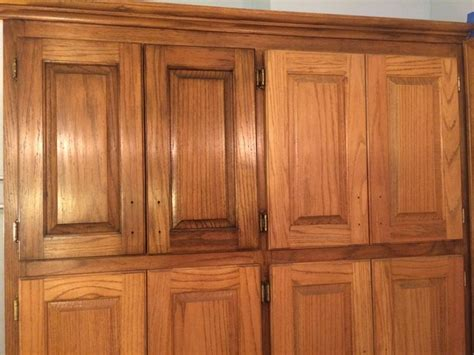 how to stain oak cabinets best 25 staining oak cabinets ideas on