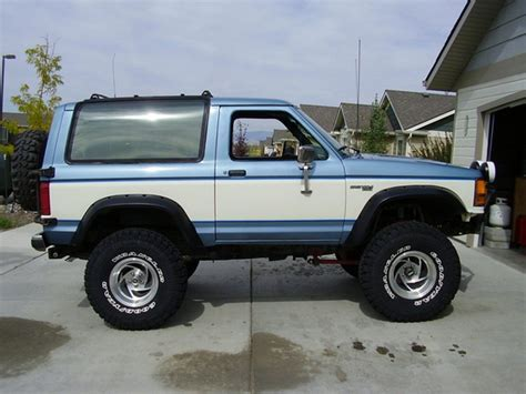ford bronco ii wikipedia the free encyclopedia ford bronco ii 4x4 images 1 from 10 dise 241 o jeep