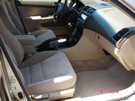 2004 Honda Accord Lx Interior by 2004 Honda Accord Pictures Cargurus