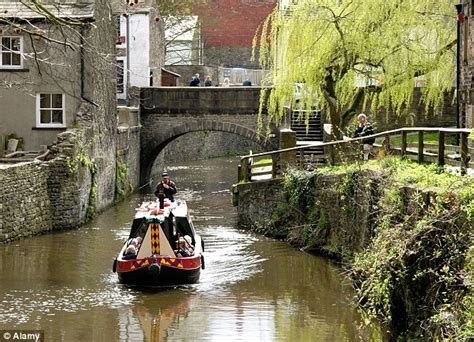 boat transport yorkshire skipton in north yorkshire is named the best place to live