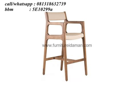 Kursi Bar Stool Kayu kursi bar stool kayu jati kci 19 furniture idaman