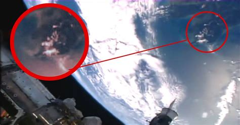 space live nasa nasa cuts live feed as mystery ufo appears in live feed of iss