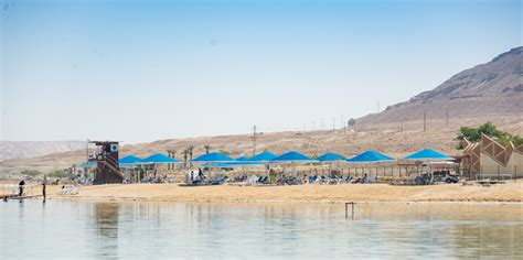 dead sea the best tips for tanning at the how to avoid
