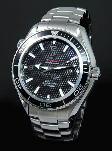 Omega Seamaster Quantum Of Solace omega 45 5mm quot seamaster planet 600m quot bond 007 quantum of solace limited edition of