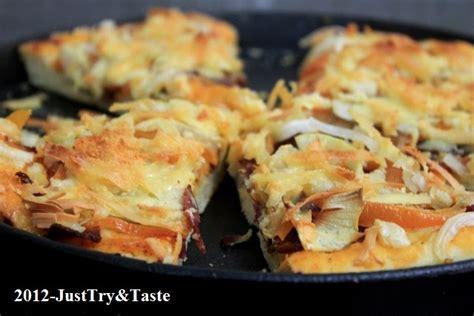 membuat adonan pizza tipis resep adonan pizza empuk garing renyah tanpa ulenan