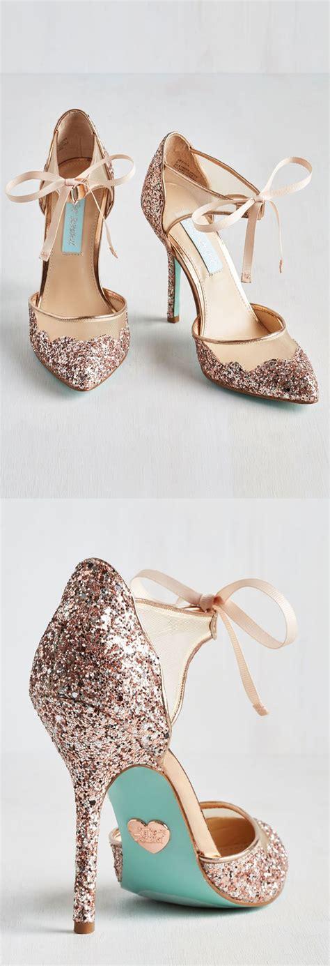 High Heels Wedding Gold Tb33 15 amazing gift ideas for beautiful wedding and