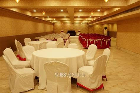 Half Saree Ceremony Banquet Halls in Hyderabad ? JesVenues