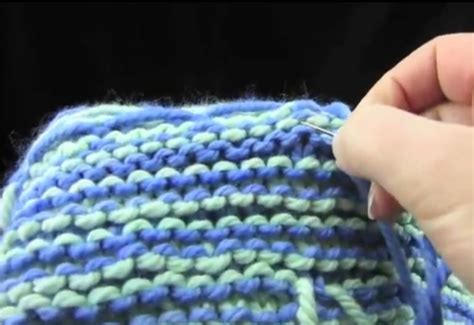weaving in ends in knitting how to weave in ends on fair isle knitting knitting