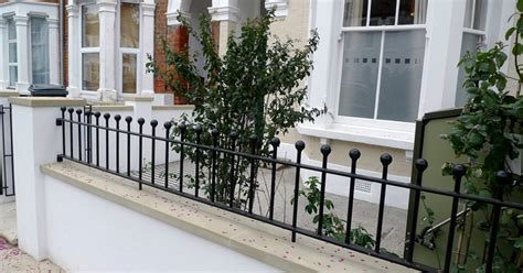 Garden Wall Railings Wall Railings Designs Crowdbuild For