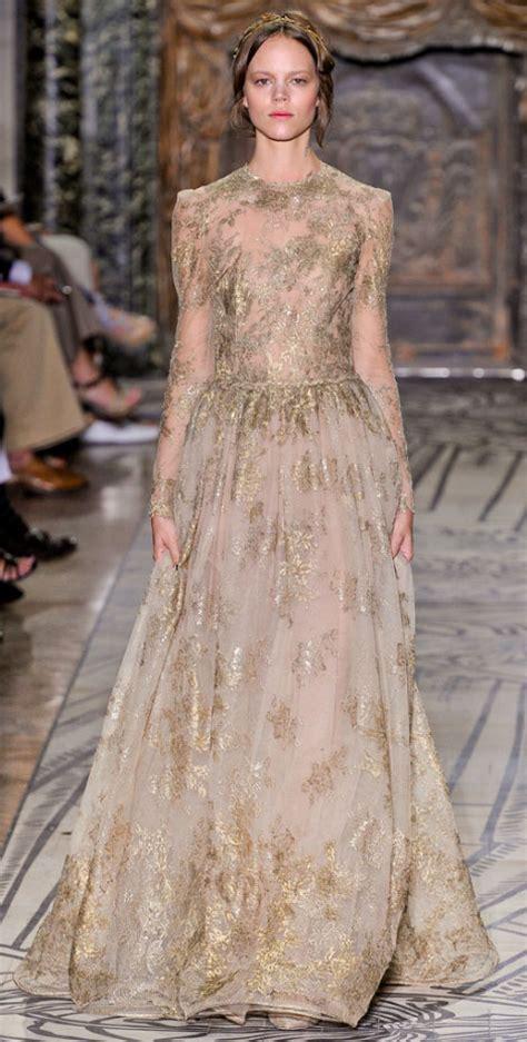 Valentino Phntom 2011 1 valentino haute couture fall winter 2011 2012 fashion show stylefrizz