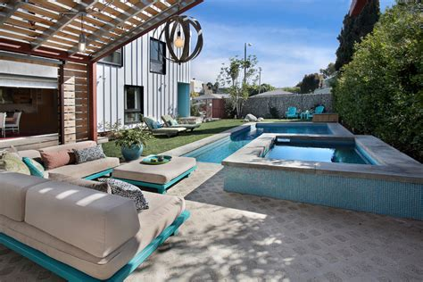 Pool Lawn Chairs Design Ideas Dazzling Wood Pallet Furniture Method Los Angeles Contemporary Pool Decorating Ideas With Board