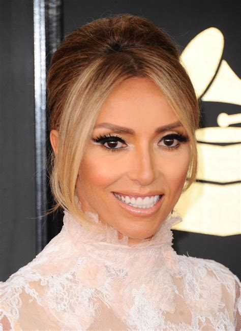 what is wrong with giuliana rancic face giulianna rancic on red carpet grammy awards in los